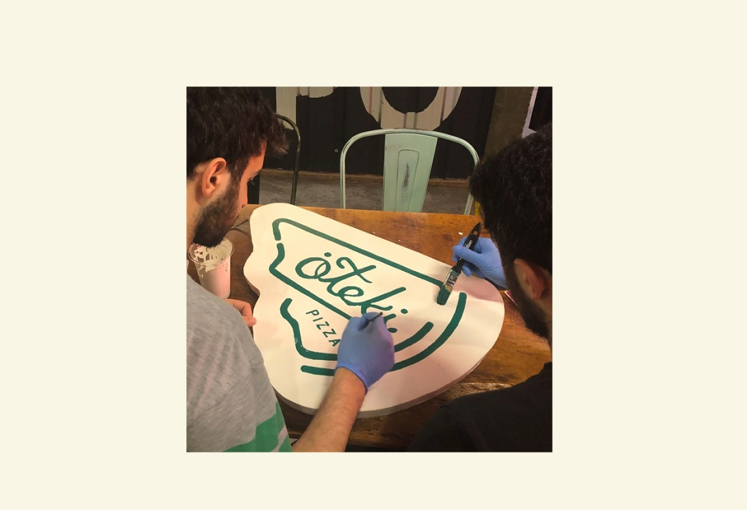 zeki-michael-hand-painted-signage-pizza-branding-identity-design-retro-vintage-packaging-cup-alone