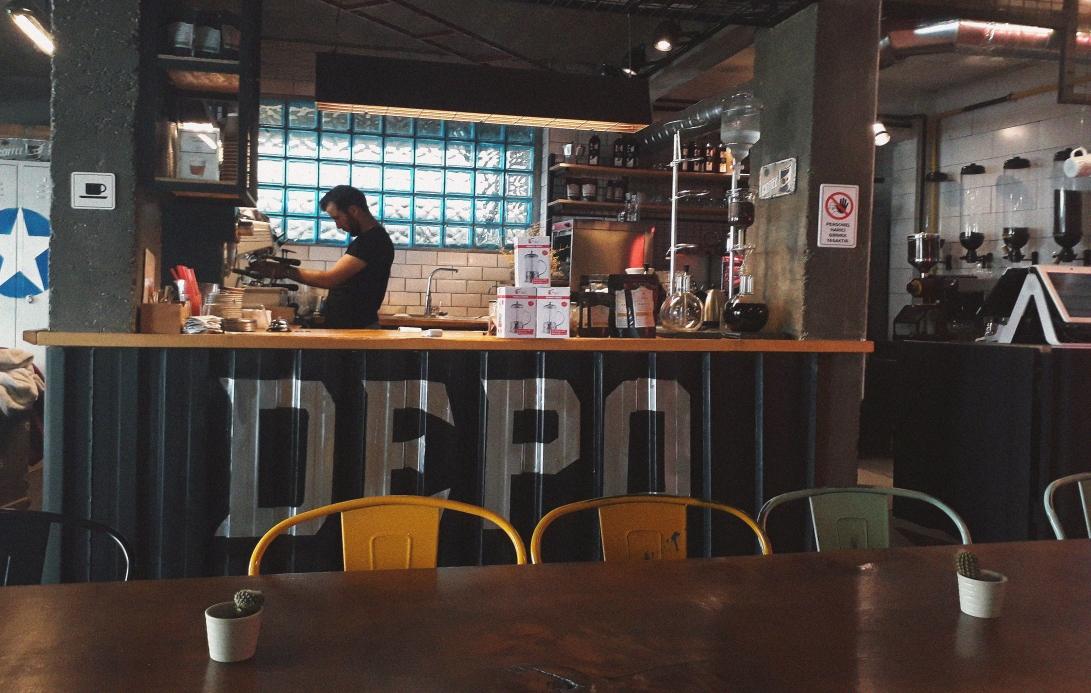 depo-coffee-roasting-istanbul-barista-tasarim-grafik-kahveci-mekan-konsept-grafik.jpg