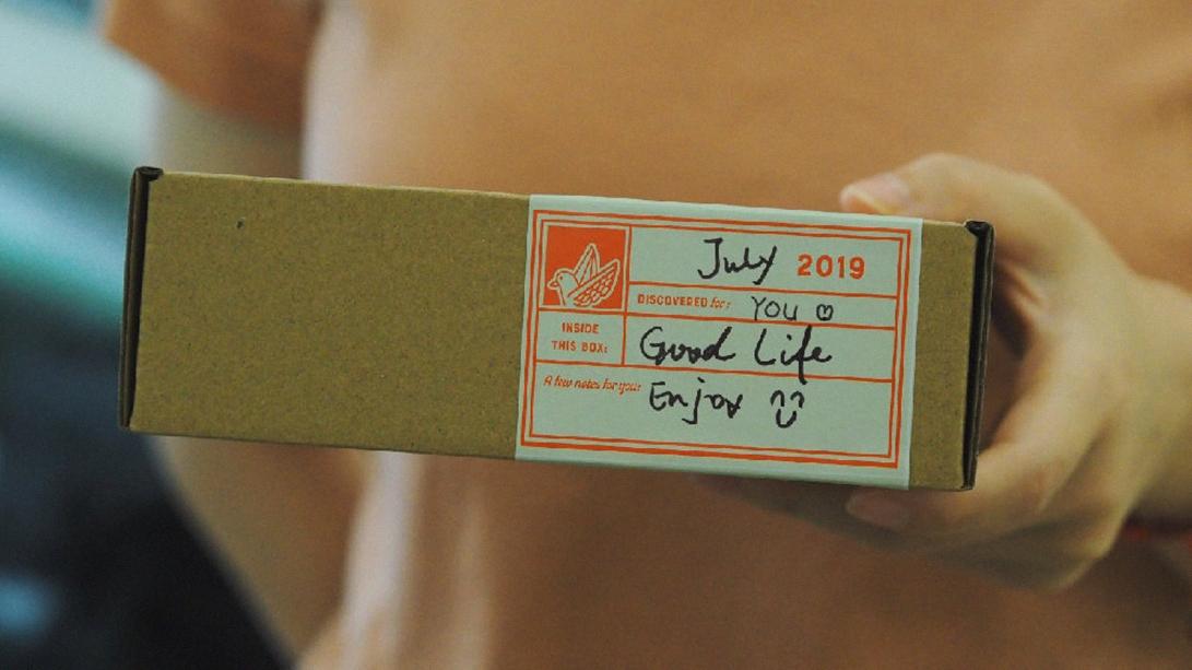 sockbird-coffee-label-zeki-michael-sticker-box-brand-coffee-design